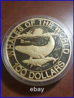 1993 WHALES OF THE WORLD. 999 FINE SILVER KILO COIN BAHAMAS With BOX AND COA $100